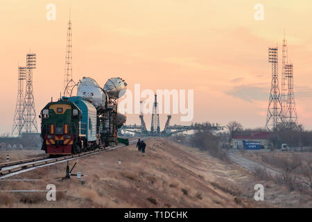 BAIKONUR - The Soyuz rocket MS-03 is beeing rolled out by train to the Gagarin Start launchpad on monday morning. - Stock Photo