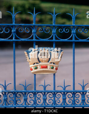 Badge, Royal Naval College, Dartmouth, UK - Stock Photo