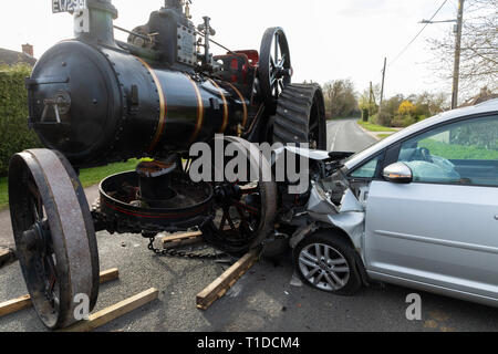 Great Barton, Suffolk, UK. 23rd March 2019. Road traffic accident involving steam traction engine and a VolkswagonTouran in Great Barton, Suffolk, UK - Stock Photo
