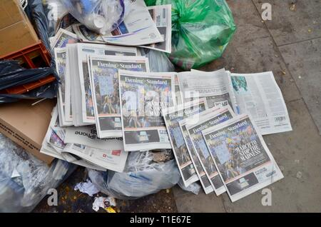 evening standard newspapers discarded with anti climate change childrens demo feature - Stock Photo