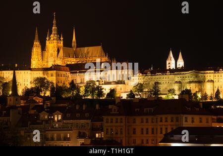Prague Castle, St. Vitus cathedral - Stock Photo