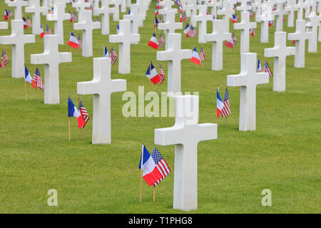 Tombs of the US soldiers that died during and after the Normandy landings at the Normandy American Cemetery and Memorial in Colleville-sur-Mer, France - Stock Photo