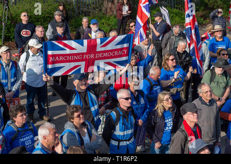 Aylesbury, United Kingdom. 28 March 2019. The pro Brexit campaign 'March for Leave' sets off from Aylesbury led by Leave Means Leave chairman John Longworth. Credit: Peter Manning/Alamy Live News - Stock Photo