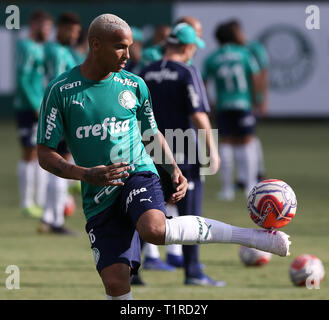SÃO PAULO, SP - 28.03.2019: TREINO DO PALMEIRAS - The player Deyverson, from SE Palmeiras, during training, at the Football Academy. (Photo: Cesar Greco/Fotoarena) - Stock Photo