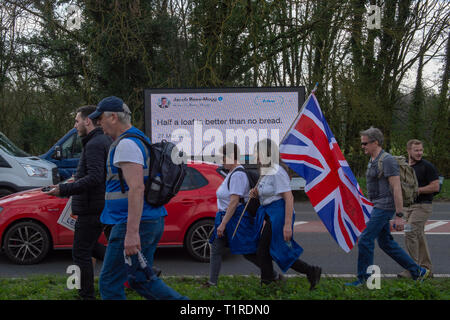 Buckinghamshire, United Kingdom. 28 March 2019. The pro Brexit campaign 'March for Leave' makes it way through Buckinghamshire after setting off from Aylesbury led by Leave Means Leave chairman John Longworth. Credit: Peter Manning/Alamy Live News - Stock Photo
