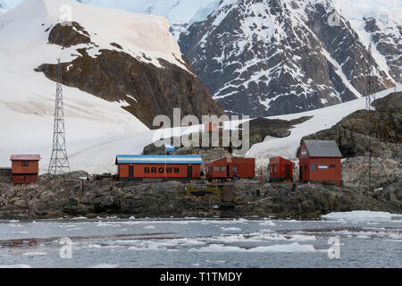 Antarctica, Paradise Harbour aka Paradise Bay. Argentine owned station, Base Brown aka Brown Station. 64' 53' S  62' 53' W - Stock Photo
