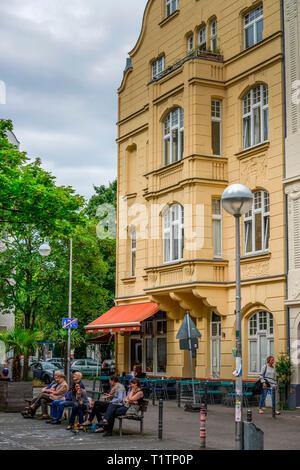 Altbauten, Schillplatz, Nippes, Koeln, Nordrhein-Westfalen, Deutschland - Stock Photo