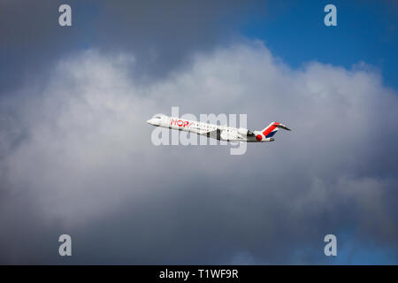 07.02.2019, Duesseldorf, North Rhine-Westphalia, Germany - HOP! Airplane takes off from Duesseldorf International Airport, DUS. 00X190207D014CAROEX.JP - Stock Photo