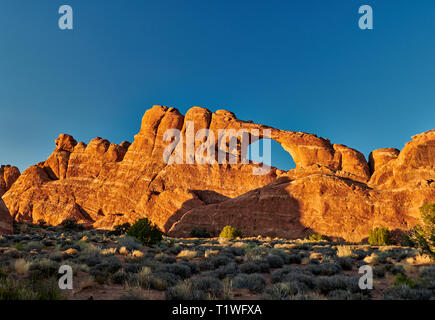 Skyline Arch in Arches National Park, Moab, Utah, USA, North America