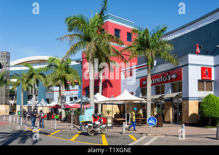 Fast food restaurants at entrance to Gateway Theatre of Shopping, Palm Boulevard, Umhlanga Ridge, Umhlanga, KwaZulu-Natal, South Africa - Stock Photo