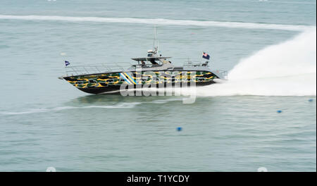 LANGKAWI, MALAYSIA : MARCH 28, 2019 : Malaysian Customs fast boat performs a fast turn at the LIMA exhibition Credit: Chung Jin Mac/Alamy Live News - Stock Photo