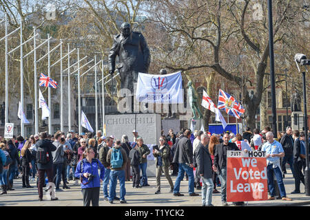 London, UK. 29th Mar, 2019. Pro Brexit supporters gather in Parliament Square London today as they show their anger at not leaving the EU today . MP's are sitting today to debate leaving the European Parliament on the day it was originally supposed to happen Credit: Simon Dack/Alamy Live News - Stock Photo