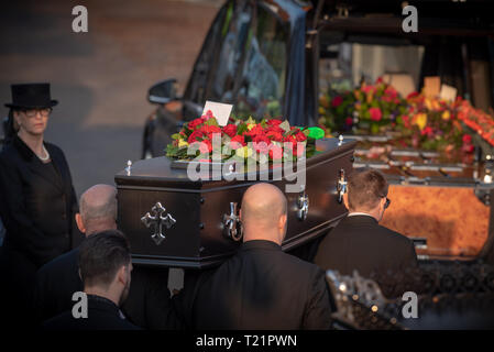 Braintree, Essex, United Kingdom. 29 March 2019. A large crowd gathered in Braintree, Essex for the funeral of Prodigy singer Keith Flint. Credit: Peter Manning/Alamy Live News - Stock Photo