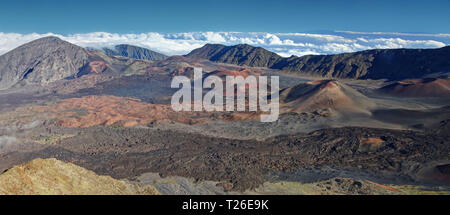 Caldera of the Haleakala volcano HDR (Maui, Hawaii) - panoramic view - Stock Photo