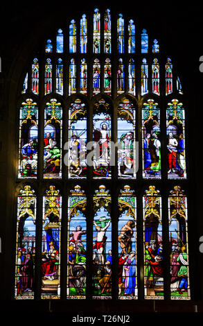 Stained glass Great East Window of Halifax Minster, depicting Crucifixion and Resurrection of Jesus. By George Caleb Hedgeland. Halifax, West Yorkshire. UK - Stock Photo
