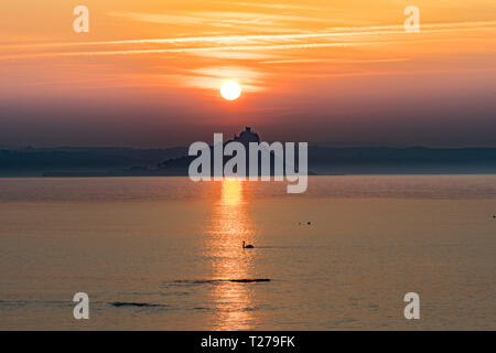 Penzance, Cornwall, UK. 31st March 2019. UK Weather. Another glorious sunrise at Penzance, as the clocks go forwards for British Summer Time. Credit: Simon Maycock/Alamy Live News - Stock Photo
