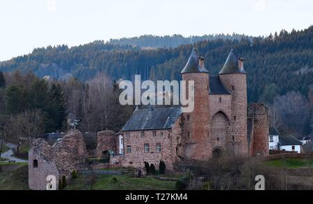 The Bertradaburg is a ruined hill castle on a rock spur, above the village of M rlenbach in the county of Vulkaneifel in the German state of Rhineland - Stock Photo