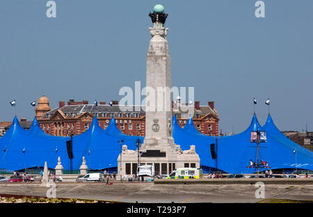 AJAXNETPHOTO. 2005. PORTSMOUTH, ENGLAND. - NAVAL WAR MEMORIAL - OBELISK ON SOUTHSEA COMMON AT CLARENCE ESPLANADE OVERLOOKS THE SOLENT; NAVIGATION MARK FOR SHIPPING.  PHOTO:JONATHAN EASTLAND/AJAX REF:D152706_0199 - Stock Photo