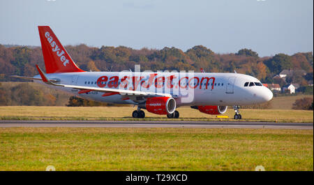 easyJet Airbus A320 G-EZOK taxiing at  London Luton Airport LTN. - Stock Photo