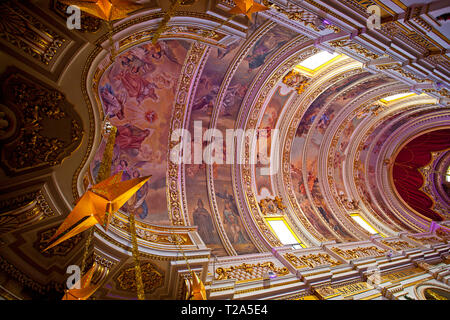 Church interior with domed roof, Gozo - Stock Photo