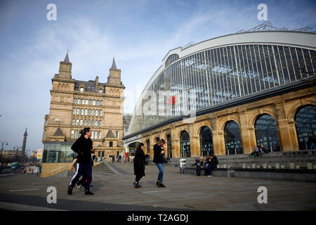 Liverpool Lime Street terminus railway station Opened in August 1836, it is the oldest grand terminus mainline station still in use in the world. West - Stock Photo