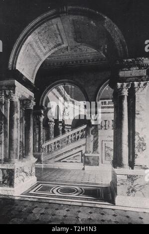 Marble Staircase, City Chambers, Glasgow - Stock Photo