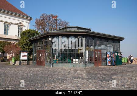 The upper terminal of the Budapest Castle Hill Funicular (Budavári Sikló) railway, Budapest, Hungary. - Stock Photo