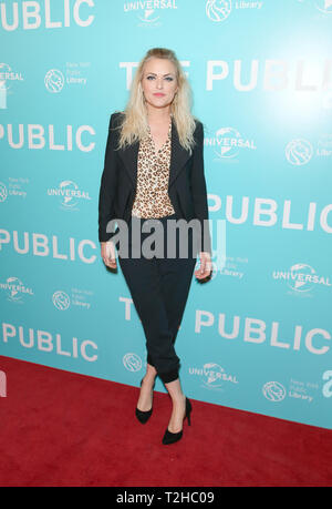 New York, United States. 01st Apr, 2019. Elaine Hendrix attends premiere of The Public movie at New York Public Library Credit: Lev Radin/Pacific Press/Alamy Live News - Stock Photo