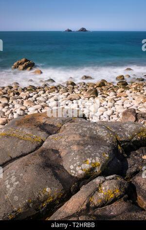 Porth Nanven beach and shoreline on the dramatic north Atlantic coast of Cornwall, England, UK - Stock Photo