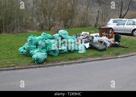 Rossendale, Waterfoot, Edgeside 1st April 2019 - Rubbish that has be collected by volunteers and is waiting for collection by the council. - Stock Photo