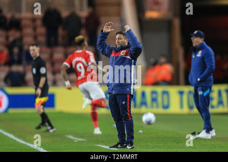 2nd April 2019, Riverside Stadium, Middlesbrough, England; Sky Bet Championship, Middlesbrough vs Bristol City : Lee Johnson manager of Bristol City reacts during the game  Credit: Mark Cosgrove/News Images  English Football League images are subject to DataCo Licence - Stock Photo