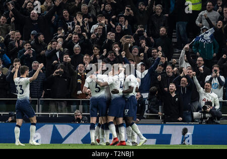 London, UK. 3rd Apr, 2019. Tottenham Hotspur's players celebrate during the Premier League match between Tottenham Hotspur and Crystal Palace at Tottenham Hotspur Stadium in London, Britain on April 3, 2019. Tottenham Hotspur won 2-0. Credit: Han Yan/Xinhua/Alamy Live News - Stock Photo