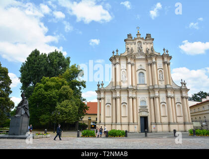 WARSAW, POLAND - JUNE 29, 2018.. City view with the Church of St. Joseph of the Visitationists in Warsaw, Poland. - Stock Photo