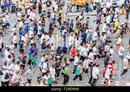 Miami Florida Bayfront Park Mercedes-Benz Miami Corporate Run community charity event runners coworkers co-workers man woman cro - Stock Photo