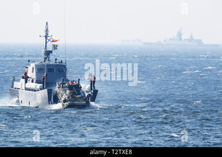 Russia. 04th Apr, 2019. KALININGRAD REGION, RUSSIA - APRIL 4, 2019: A Serna-class landing craft takes part in a military exercise in amphibious landing on an unimproved shore by the Russian Baltic Fleet's amphibious assault forces at the Khmelevka range. Over 20 surface vessels of the Russian Baltic Fleet, about 20 aircraft of the Russian Naval Aviation, and over 40 units of military hardware of Russia's Coastal Troops take part in the training. Vitaly Nevar/TASS Credit: ITAR-TASS News Agency/Alamy Live News - Stock Photo