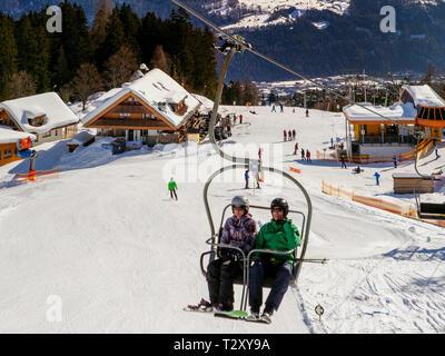 Skilift bei der Untermarkter Alm, Hochimst bei Imst, Tirol, Österreich, Europa Skilift at alp  Untermarkter Alm, skiing area Hochimst, Imst, Tyrol, Au - Stock Photo
