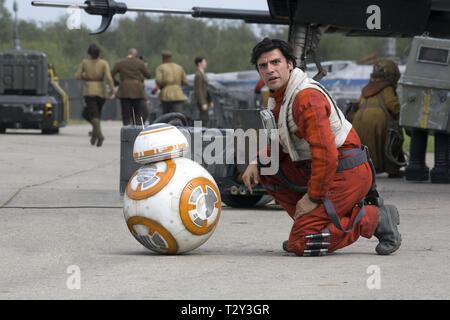 BB-8 DROID, OSCAR ISAAC, STAR WARS: EPISODE VII - THE FORCE AWAKENS, 2015 - Stock Photo