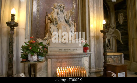 ROME, ITALY- SEPTEMBER 30, 2015: a statue of the madonna and child inside the basilica santa maria maggiore in rome, italy - Stock Photo