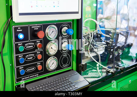 Test benches injectors and pumps with manometer - Stock Photo