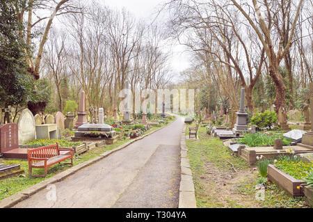Highgate Cemetery, London, England, UK - Stock Photo