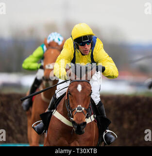 Aintree Racecourse, Aintree, UK. 5th Apr, 2019. The 2019 Grand National horse racing festival, day 2; Lostintranslation ridden by Robbie Power runs home to win The Betway Mildmay Novices Chase Credit: Action Plus Sports/Alamy Live News - Stock Photo