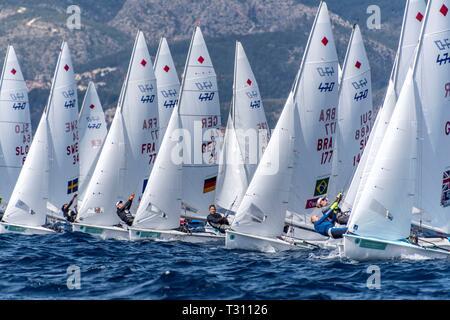 Palma De Mallorca, Spain. 05th Apr, 2019. Competitors of the 470 event during the 50th Princess Sofia Iberostar Trophy, at the Palma Bay, in Palma de Majorca, Balearic Islands, Spain, 05 April 2019. Credit: Cati Cladera/EFE/Alamy Live News - Stock Photo