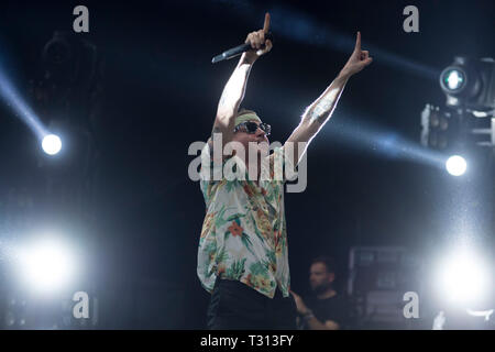 Sao Paulo, Brazil. 05th Apr, 2019. Macklemore performs at the Lollapalooza 2019 festival, held at the Autodromo de Interlagos in São Paulo on Friday, 05. (PHOTO: LEVI BIANCO/BRAZIL PHOTO PRESS) Credit: Brazil Photo Press/Alamy Live News - Stock Photo