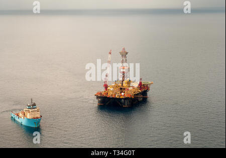 An oil rig offshore Balikpapan, Indonesia - Stock Photo