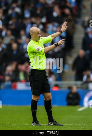 Wembley, London, UK. 06th Apr, 2019. Anthony Taylor takes charge of the Emirates FA Cup Semi Final match between Manchester City and Brighton & Hove Albion at Wembley Stadium on April 6th 2019 in London, England.  Credit: PHC Images/Alamy Live News - Stock Photo