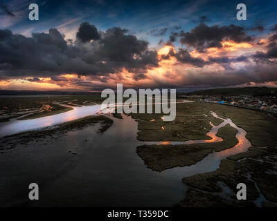 Penclawdd sunset on the Loughor estuary - Stock Photo
