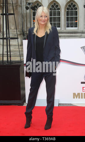 Jan 22, 2016 - London, England, UK - The Sun Military Awards, Guildhall - Red Carpet Arrivals Photo Shows: Gaby Roslin - Stock Photo