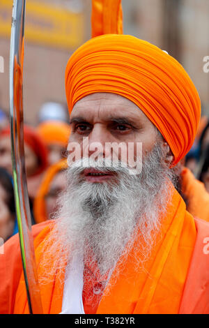 Glasgow, UK. 07th Apr, 2019. Thousands from the Scottish Sikh community gathered in Glasgow to celebrate the annual festival of VAISAKHI which is held every year to celebrate the beginning of the Sikh summer and is marked by a procession through the heart of Glasgow. Vaisakhi is celebrated each year to also commemorate the creation of the Sikh nation in 1699 and is taken as a reminder for all Sikhs to preserve human rights, promote equality, practice compassion and implement selfless service in their daily lives Credit: Findlay/Alamy Live News - Stock Photo