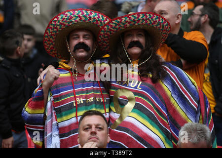 London, UK. 07th Apr, 2019. Wolverhampton Wanderers fans before the FA Cup Semi Final match between Watford and Wolverhampton Wanderers at Wembley Stadium on April 7th 2019 in London, England. Editorial use only, licence required for commercial use. No use in Betting, games or a single club/league/player publication. (Photo by Paul Chesterton/phcimages.com) Credit: PHC Images/Alamy Live News - Stock Photo