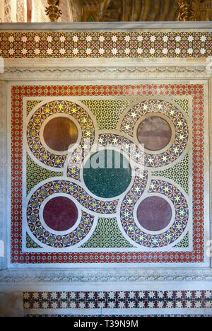 Medieval Byzantine style tiles of the Palatine Chapel, Cappella Palatina, Palermo, Italy - Stock Photo